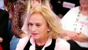 Angela Di Iorio del trono over riceve proposta indecente da Beniamino: