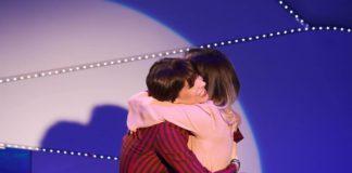 Alessandra Amoroso ospite a C'è posta per te: regala vestito da sposa a Jenny