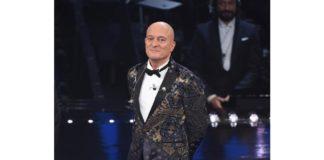 Claudio Bisio tiene monologo sui migranti a Sanremo 2019: ecco cosa ha affermato