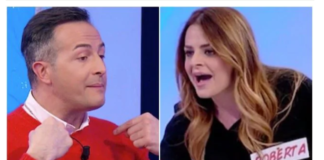 """Roberta Di Padua prende a schiaggi Riccardo a Uomini e Donne: """"sei una merda"""""""