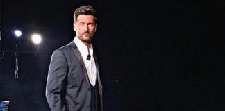 Filippo Bisciglia annuncia su i social l'arrivo di Temptation Island 2019
