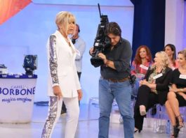 Gemma Galgani pesa 62 chili: affronta la bilancia a Uomini e Donne