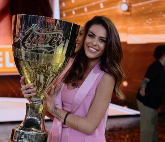 """Pamela Camassa vince la prima edizione dei Amici Celebrities: """"Sono strafelice"""""""