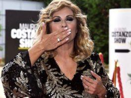 """Tina Cipollari si esprime su i tradimenti: """"Io sono stata cornuta ma le ho anche messe"""""""