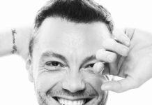 """Tiziano Ferro ospite al Festival di Sanremo 2020: """"ne stiamo parlando"""""""