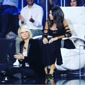 Maria De Filippi vorrebbe condurre Sanremo con Sabrina Ferilli: