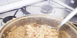 """Come fare Pasta e Ceci alla Napoletana """"azzeccosa"""": cosa occorre e preparazione"""