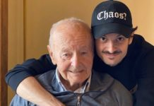 """Fabio Rovazzi ricorda il nonno morto di coronavirus: """"sei stato il miglior nonno che si possa desiderare"""""""