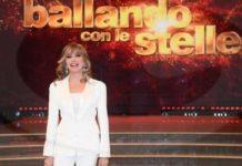 """Milly Carlucci riporta in tv Ballando con le Stelle da Settembre 2020: """"lo voglio nella sua forma originaria"""""""