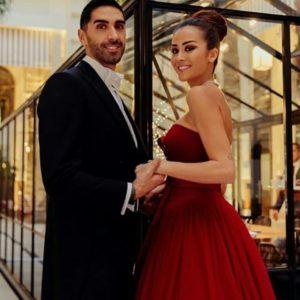 Giorgia Palmas e Filippo Magnini convolano a nozze dopo la nascita della bimba: