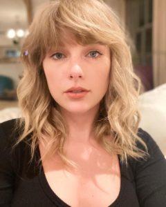Taylor Swift biografia: chi è, età, altezza, peso, tatuaggi, figli, marito, Instagram e vita privata