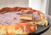 Come fare la pizza dolce napoletana con ricotta: cosa occorre e preparazione