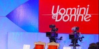 Uomini e Donne: come funziona, come scrivere per partecipare, orari tv e streaming