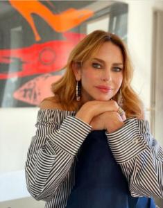 Yvonne Sciò biografia: chi è, età, altezza, peso, figli, marito, Instagram e vita privata